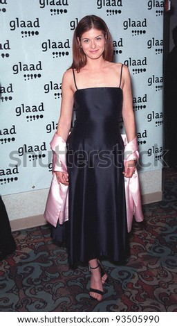 """17APR99:  """"Will & Grace"""" star DEBRA MESSING at the Gay & Lesbian Alliance Against Defamation (GLAAD) Media Awards in Los Angeles.  Paul Smith / Featureflash - stock photo"""