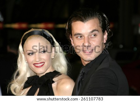 """02/16/2005 - Hollywood - Gwen Stefani and Gavin Rossdale at the """"Constantine"""" Film Premiere at Graumans' Chinese Theatre in Hollywood. - stock photo"""