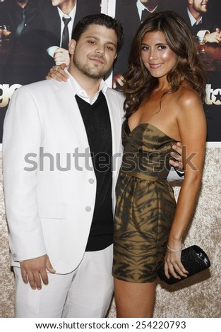 """9/7/2009 - Hollywood - Jerry Ferrara and Jamie-Lynn Sigler at the HBO's Official Premiere of """"Entourage"""" Season 6 held at the Paramount Pictures Studios in Hollywood, United States.  - stock photo"""