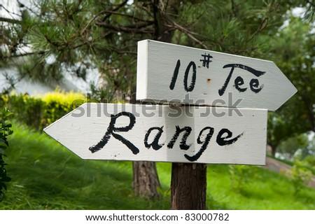"""NO.10 Tee & Range"" pointer on the golf course - stock photo"