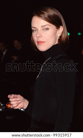 "17NOV99:  Actress DEBI MAZAR at the world premiere, in Hollywood, of  ""Sleepy Hollow"" which stars Johnny Depp & Christina Ricci.  Paul Smith / Featureflash - stock photo"