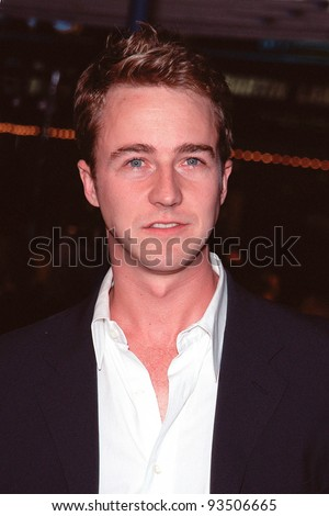 """06OCT99:  Actor EDWARD NORTON at the world premiere in Los Angeles of his new movie """"Fight Club"""" in which he stars with Brad Pitt & Helena Bonham Carter.  Paul Smith / Featureflash - stock photo"""