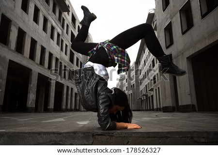 Hip Hop Dance Group Poses a Hip Hop Dancer Girl Posing
