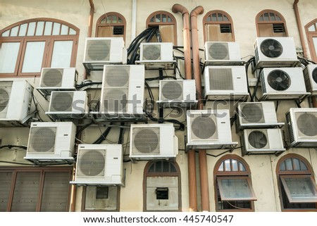 A lot of air conditioning compressor