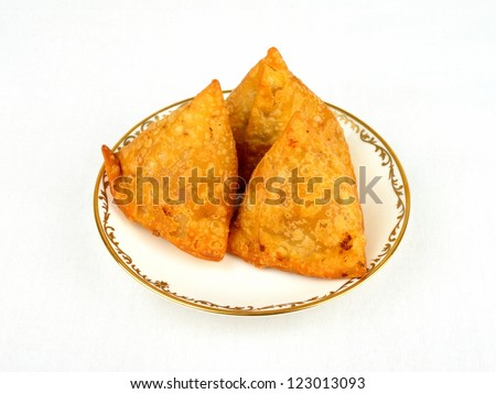 A plate of tasty samosa appetizers - stock photo