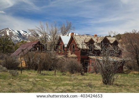 Abandoned old farm house in rural Utah, USA. - stock photo