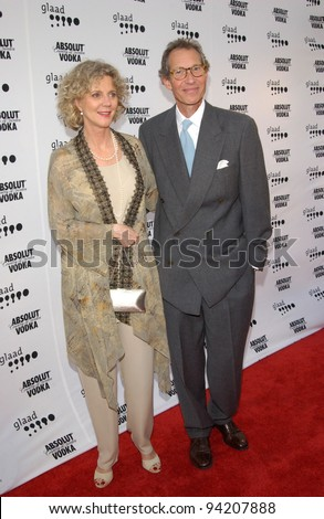 Actress BLYTHE DANNER & director husband BRUCE PALTROW at the 2002 GLAAD (Gay & Lesbian Alliance Against Defamation) Awards at the Kodak Theatre, Hollywood.  13APR2002.   Paul Smith / Featureflash - stock photo