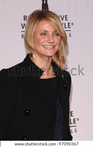 Actress CAMERON DIAZ at the Rodeo Drive Walk of Style Award honoring photographers Herb Ritts and Mario Testino. March 20, 2005: Beverly Hills, CA.  2005 Paul Smith / Featureflash - stock photo
