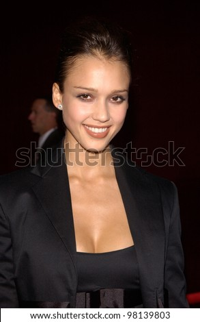 Actress JESSICA ALBA at the 53rd Annual Primetime Emmy Awards in Century City, California. 04NOV2001.  Paul Smith/Featureflash - stock photo