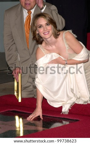 Actress WINONA RYDER on Hollywood Boulevard where she was honored with the 2,165th star on the Hollywood Walk of Fame. 06OCT2000.  Paul Smith / Featureflash - stock photo