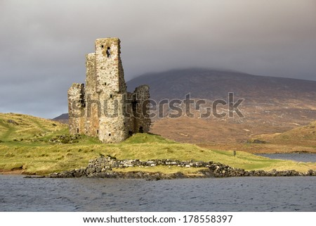 Adrvreck Castle, on the shores of Loch Assynt, Scotland - stock photo