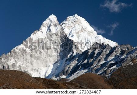 Ama Dablam - way to Everest base camp - Khumbu valley, sagarmatha national park, Nepal - stock photo