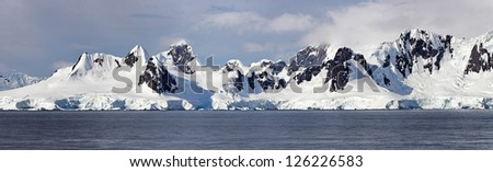 Antartic Panorama, west coast of the Antarctic Peninsula - stock photo