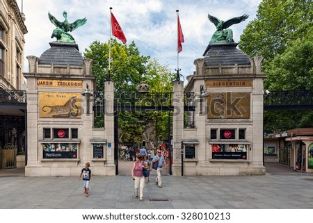 ANTWERP, BELGIUM - AUG 11: People at the entrance of the Antwerp Zoo downtown in the city on August 11, 2015 in Antwerp, Belgium - stock photo