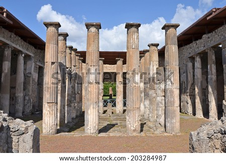 Atrium with 16 Doric columns around impluvium, Pompeii - stock photo