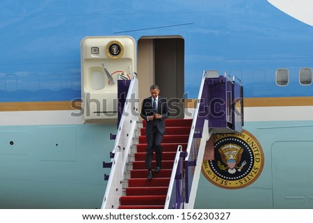 BANGKOK - NOV 18: US President Barack Obama arrives in the Thai capital on Air Force One on day one of his historic three-nation Southeast Asia tour on Nov 18, 2012 in Bangkok, Thailand. - stock photo