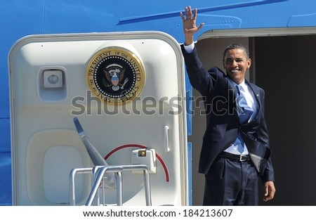 Barack Obama at a public appearance for US President Barack Obama Visits Albany in Upstate New York, Air Force One at Albany International Airport, Albany, NY September 21, 2009 - stock photo