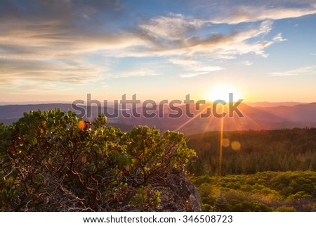 beautiful view form the top of red blanket mountain in southern Oregon - stock photo