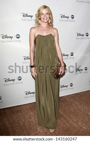 BEVERLY HILLS - JUL 12: Sarah Jane Morris at the Disney ABC Television Group Summer All Star party on July 12, 2008 in Beverly Hills, California. - stock photo