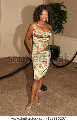"BEVERLY HILLS - NOVEMBER 03: Vanessa Williams at the ""Beverly Hills 90210"" and ""Melrose Place"" First Season DVD Launch at Beverly Hilton Hotel November 03, 2006 in Beverly Hills - stock photo"