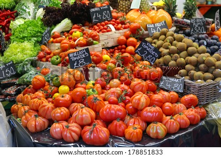 Big selection of all tomato variety at farmers market - stock photo