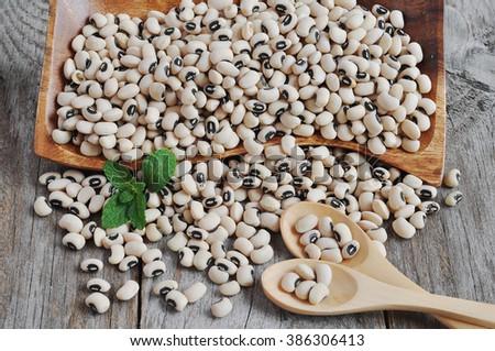 Blackeyed beans. Legumes.  Vigna unguiculata . Vigna sinensis.  - stock photo
