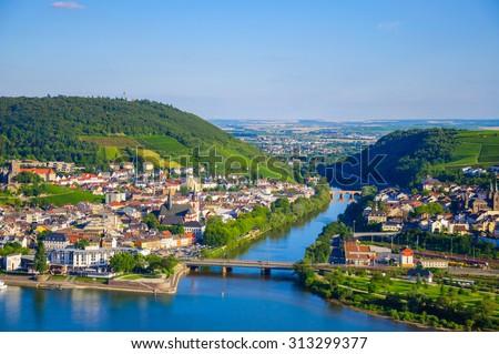 Bridge across Rhine river near Bingen am Rhein, Rheinland-Pfalz, Germany - stock photo