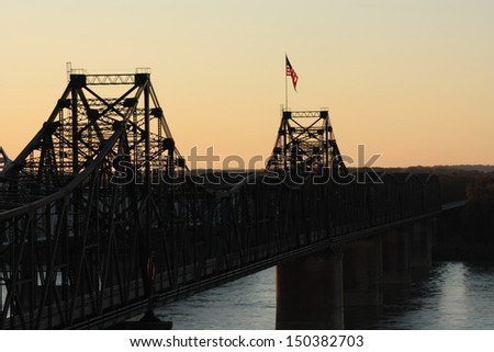Bridge crossing Mississippi River at Vicksburg, Mississippi - stock photo