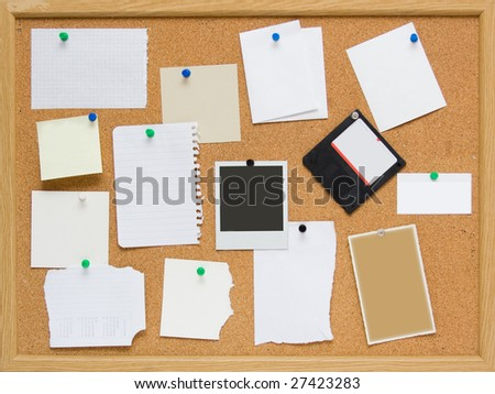 brown corkboard with important message - stock photo