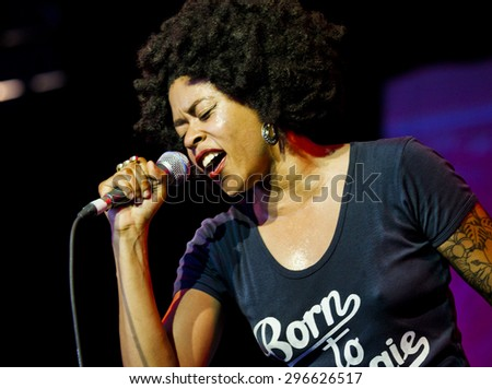 BYRON BAY, AUSTRALIA - APRIL 6 : Nikki Hill play on the Mojo stage at the 2015 Byron Bay Bluesfest. 26th annual Blues and Roots festival. - stock photo