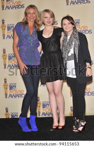 Cameron Diaz (left), Sofia Vassilieva & Abigail Breslin at the 2009 MTV Movie Awards at Universal Studios Hollywood. May 31, 2009  Los Angeles, CA Picture: Paul Smith / Featureflash - stock photo