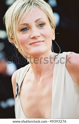CANNES, FRANCE - MAY 26:  Patricia Kaas arrive at the closing night of the Cannes Film Festival, May 26, 2002. Cannes, France - stock photo