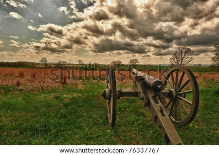 Cannons lined up along the union line for Gettysburg Civil War battle - stock photo