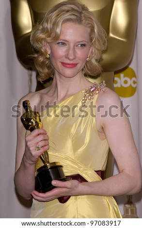 CATE BLANCHETT at the 77th Annual Academy Awards at the Kodak Theatre, Hollywood, CA February 27, 2005; Los Angeles, CA.  Paul Smith / Featureflash - stock photo