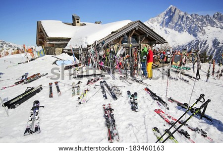 Chamonix stock photos images pictures shutterstock for Art cuisine rm 101 blanc