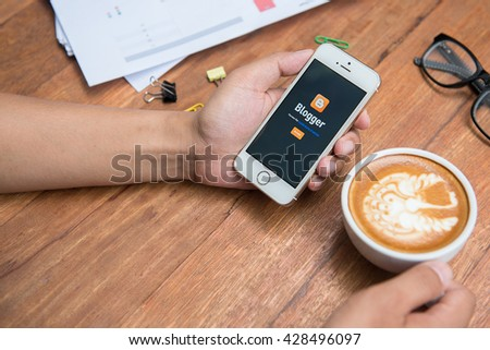 CHIANG MAI,THAILAND - May 29, 2016: Brand new Apple iPhone SEopen Blogger application .Blogger is a free weblog publishing tool from Google, for sharing text, photo and video. - stock photo