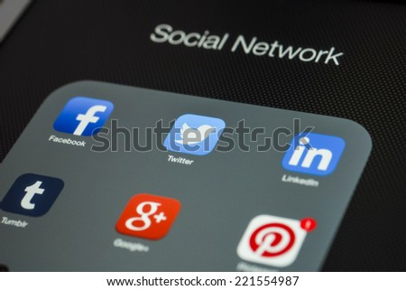 CHIANG MAI, THAILAND - OCTOBER 03, 2014: Popular social media icons on Apple ipad Air device screen. - stock photo