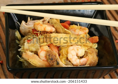 chicken and prawn stir fry with singapore noodles - stock photo