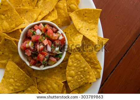 Chips and salsa - stock photo