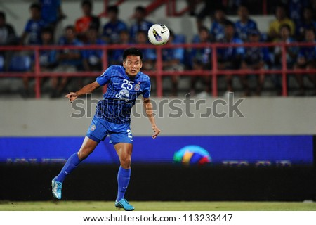 CHONBURI,THAILAND-SEPTEMBER18:Cholratit Jantakam of Chonburi fc in action during the AFC CUP quarter finals between Chonburi fc.and Al Shorta(SYR) at Chonburi Stadium on Sep18,2012 in Thailand - stock photo