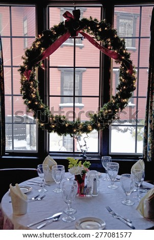 Christmas dining at Concord's Colonial Inn, Ma., New England, USA, the table that John F. and Jackie Kennedy dined at - stock photo
