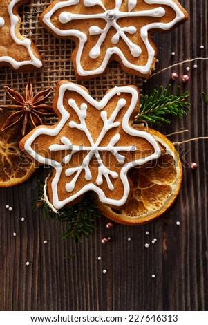 Christmas gingerbread snowflakes - stock photo