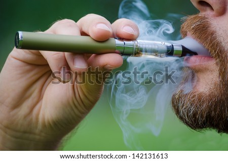 Can you smoke electronic cigarettes on qantas