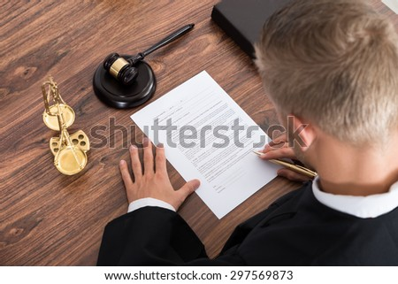 Do judges make law essay