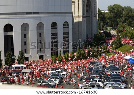 Columbus, Ohio-August 28, 2008: Fans arrive for the OSU Buckeye's game against Youngstown State - stock photo