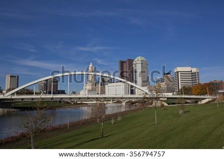 Columbus, Ohio with the Scioto Greenway Park area along the Scioto river - stock photo