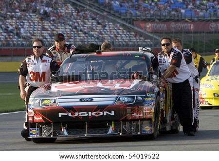 CONCORD, NC - May 21: The 3M team prepares for the Sprint Cup All-Star Race at the Charlotte Motor Speedway on May 21, 2010 in Concord, NC. - stock photo