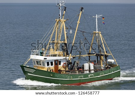 Crab fishing stock photos images pictures shutterstock for Crab fishing boat