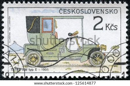 CZECHOSLOVAKIA - CIRCA 1988: A stamp printed by CZECHOSLOVAKIA shows old car, series, circa 1988 - stock photo