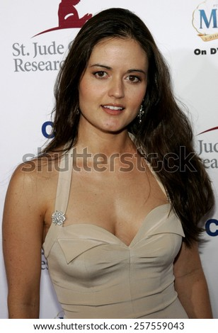 """Danica McKellar at the """"Runway For Life"""" Benefiting St. Jude Children's Research Hospital held at the Beverly Hilton in Beverly Hills, California, United States. - stock photo"""
